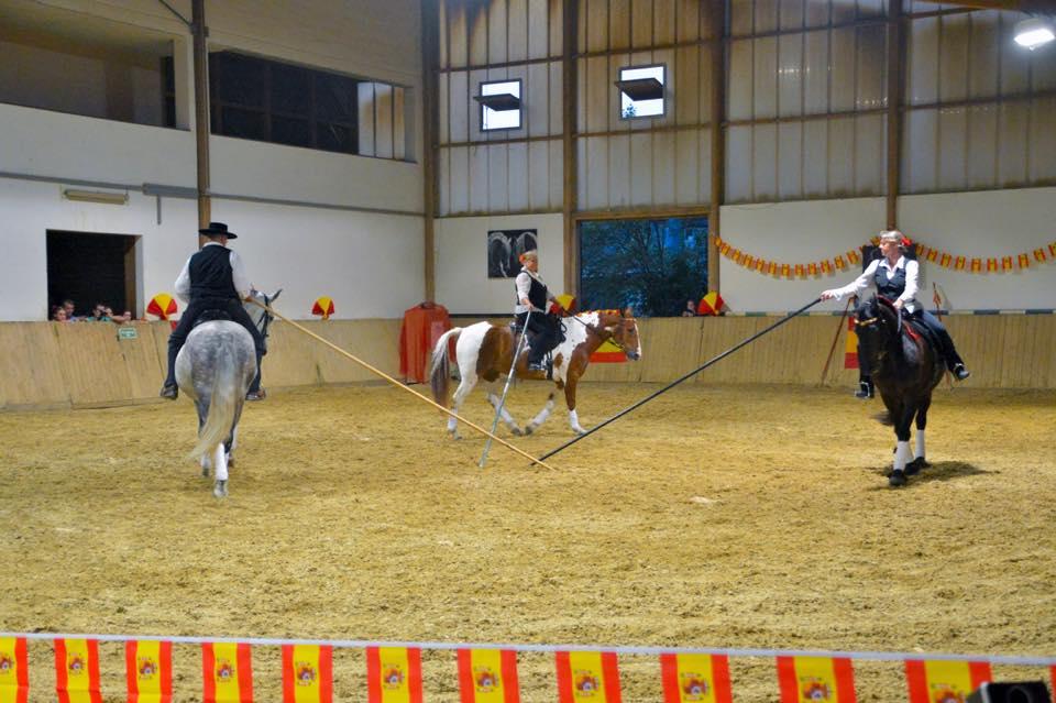 An einem Workshop gelernt - an der Fiesta Andalucia aufgeführt: Garrocha-Reiten mit Prinz